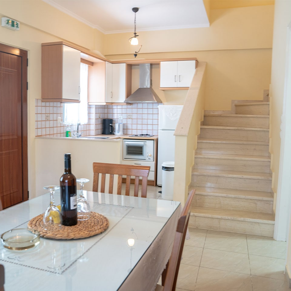 Erietta studios apartments with Pool - Stoupa Mani - Hotels Messinia - Holidays Greece - Δίχωρες κατοικίες