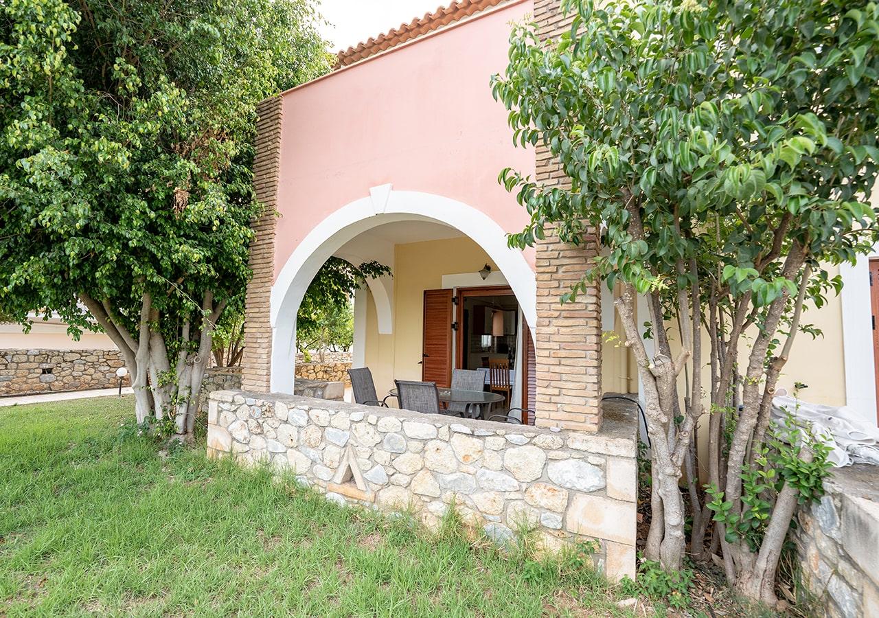 Erietta studios apartments with Pool - Stoupa Mani - Hotels Messinia - Holidays Greece
